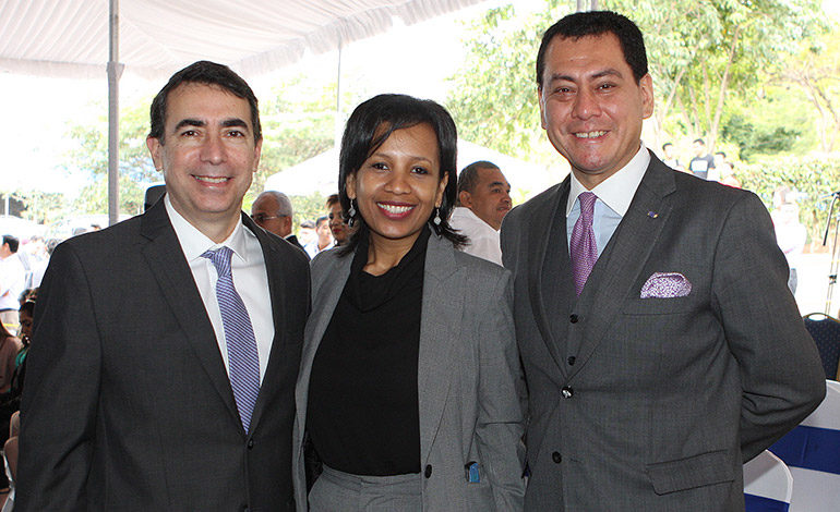 Sergio Amaya, Elsia Paz, Guillermo González.
