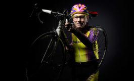 Ciclista francés centenario se retira a los 106 años (Video)