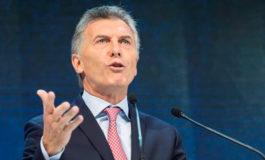 Macri anuncia reducción del 25 % de cargos en Gobierno y congelación sueldos
