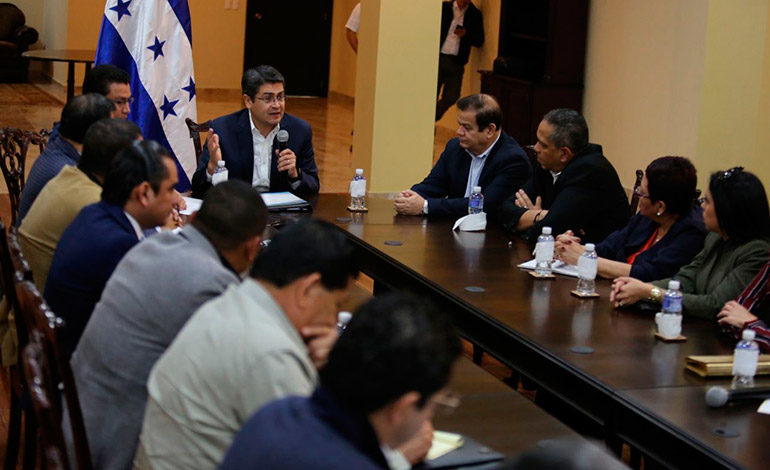 Sectores instalarán diálogo oficial el próximo viernes