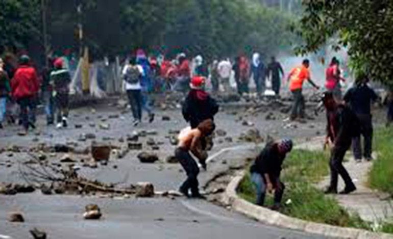 Presidente Hernández: Gobierno garantiza protestas pacíficas