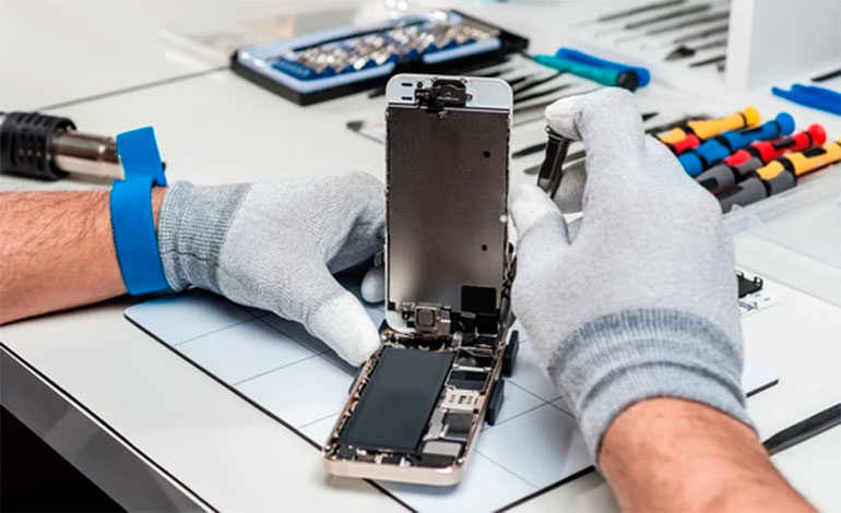 Buscan prohibir la venta de Smartphone con baterías difíciles de reemplazar