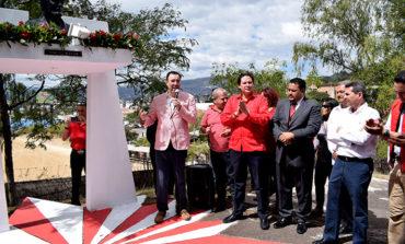 Luis Zelaya promete recuperar la identidad del PL