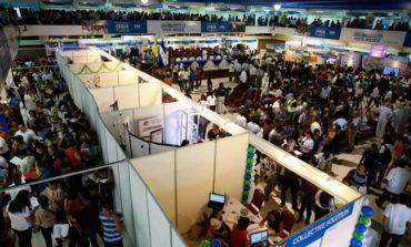 Miles de capitalinos acuden a la octava Feria del Empleo en busca de un trabajo