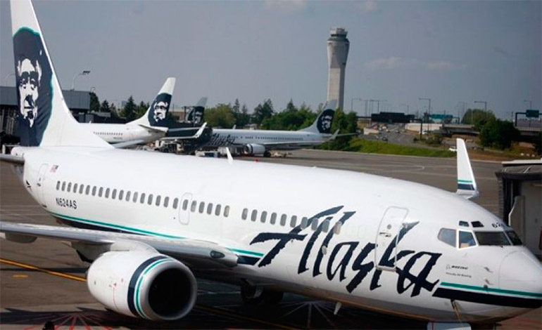 Un avión tuvo que volver al aeropuerto por que transportaba un pasajero desnudo