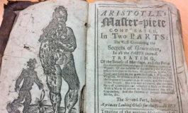 """Sale a la luz """"manual de secretos del sexo"""" escrito y censurado en 1720 por su contenido"""