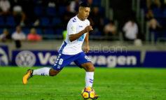 Acosta titular en derrota del Tenerife