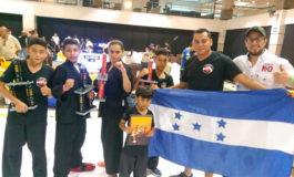 Atletas de kenpo karate destacan en Guatemala