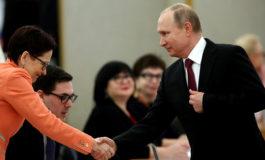 Vladimir Putin gana elecciones de forma aplastante