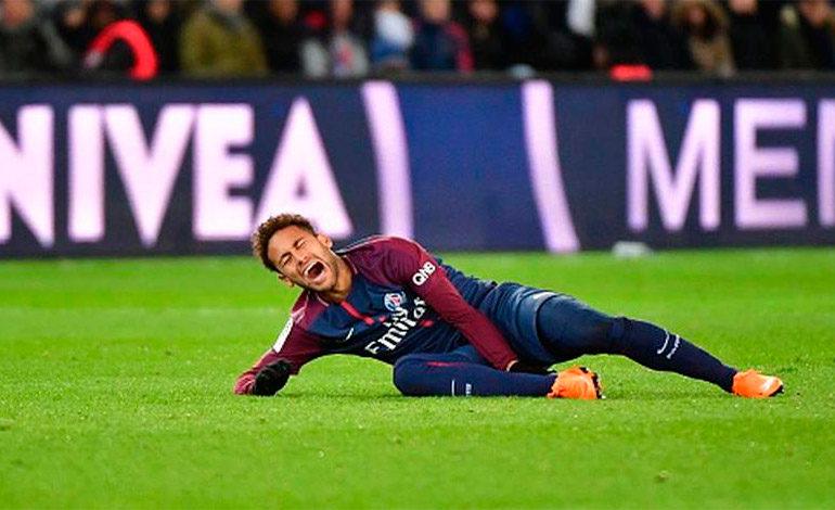 Neymar dice que tendrá el alta en un mes y llegará a Rusia mejor que antes