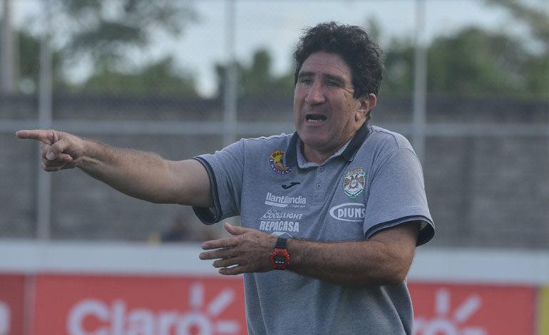 Vargas pide a técnicos de clubes darle apoyo a los jugadores Sub-20