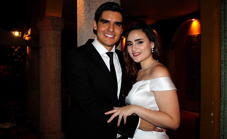 Guillermo Rodríguez y Guisela Reyes ya son esposos