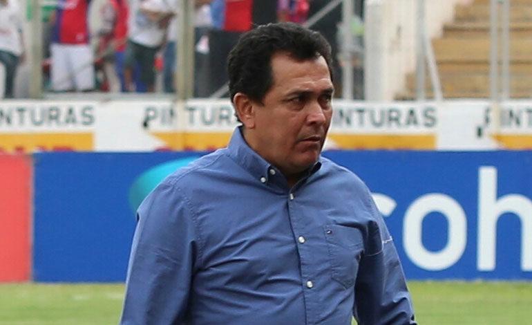Nahúm Espinoza a la directiva: Olimpia tiene que contratar pase lo que pase