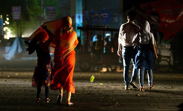 Más de 40 muertos en India por las tormentas de arena y el mal tiempo