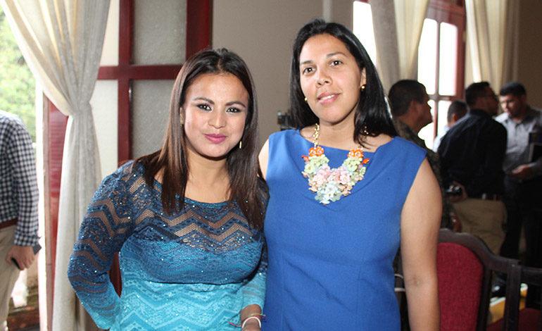 Isis Ramírez y Ana Paola Zuniga.