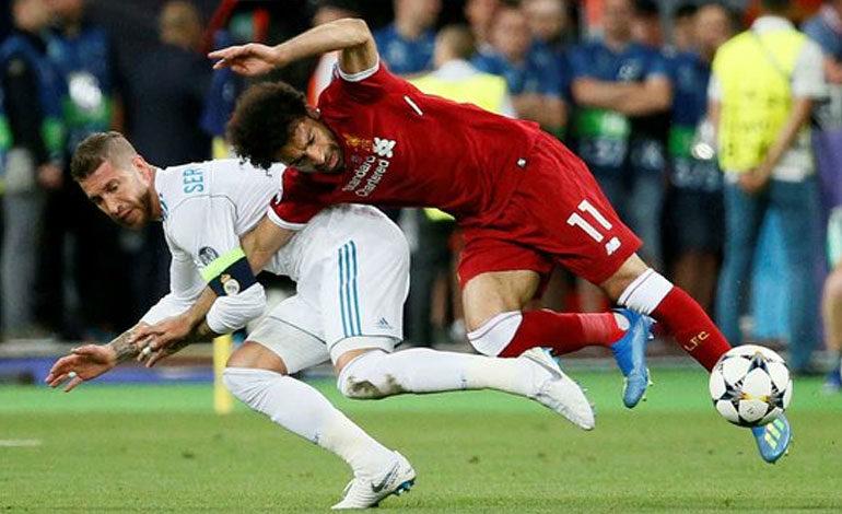 "Prensa egipcia califica a Ramos de ""carnicero"" por la lesión de Salah"