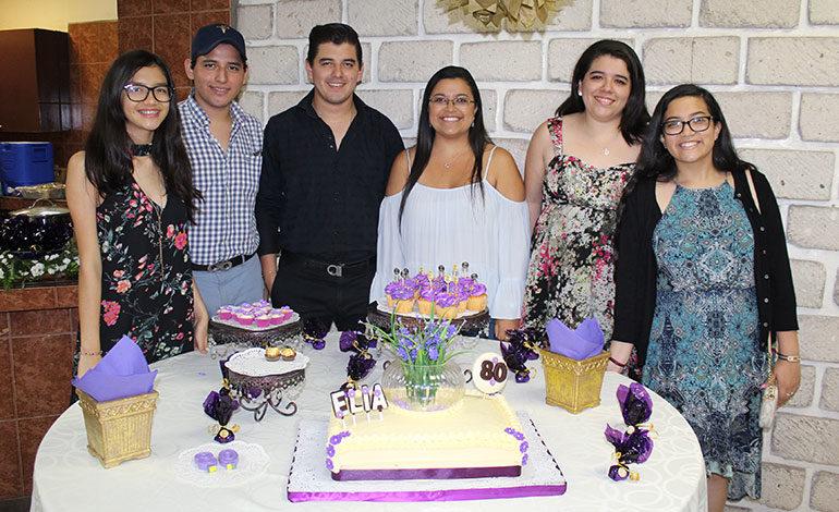 Elia Carolina Romero, Carlos González, Angela Ramírez, Debbie González.