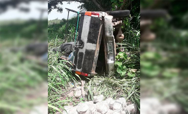 Encuentran cargamento de marihuana dentro de carro accidentado en Olancho