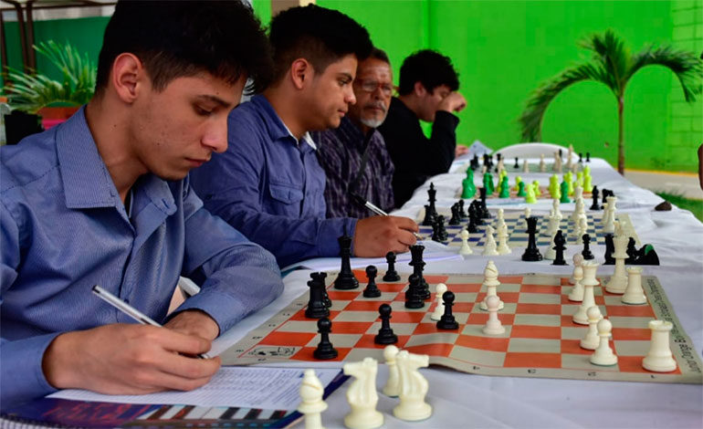 """Gobierno de Honduras realiza torneo de ajedrez en """"Parque para una Vida Mejor"""""""
