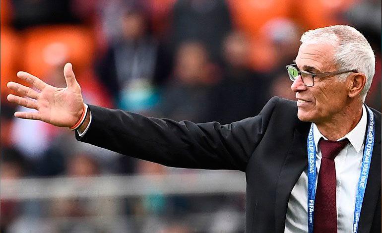 Egipto decide no renovar el contrato a Cúper tras el Mundial