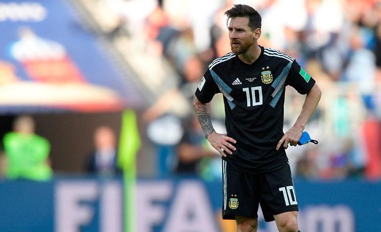 Messi falla un penalti y Argentina e Islandia empatan a un gol