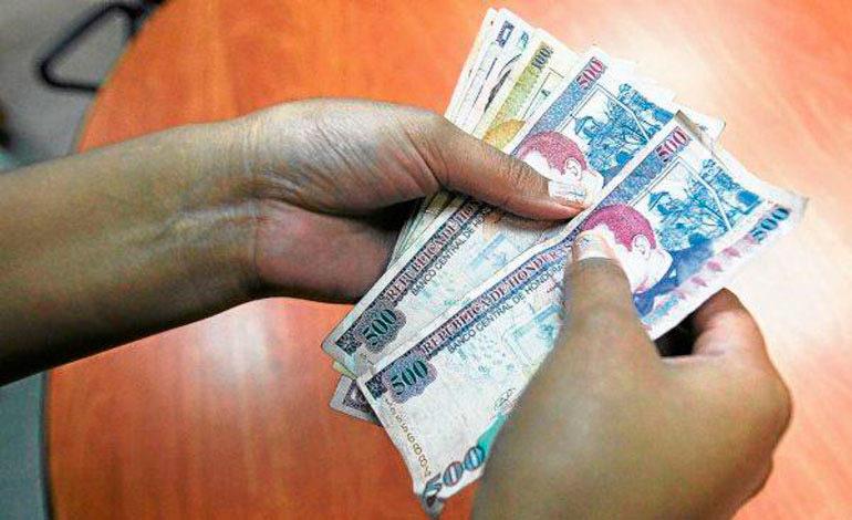 Deslizamiento de la moneda impacta en el salario mínimo
