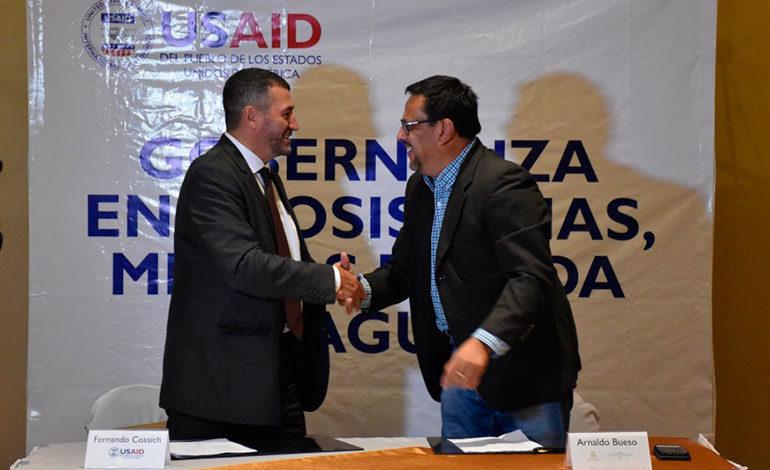 ICF y USAID firman memorándum de entendimiento
