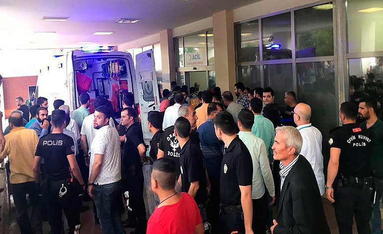Tres muertos y al menos 19 detenidos durante la jornada electoral en Turquía