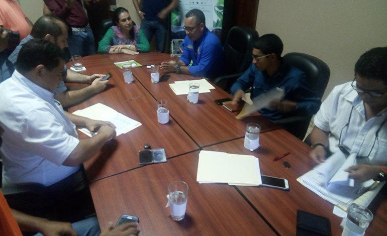 ICF y alcaldes de Yoro firman convenio para manejo de parque nacional Pico Pijol