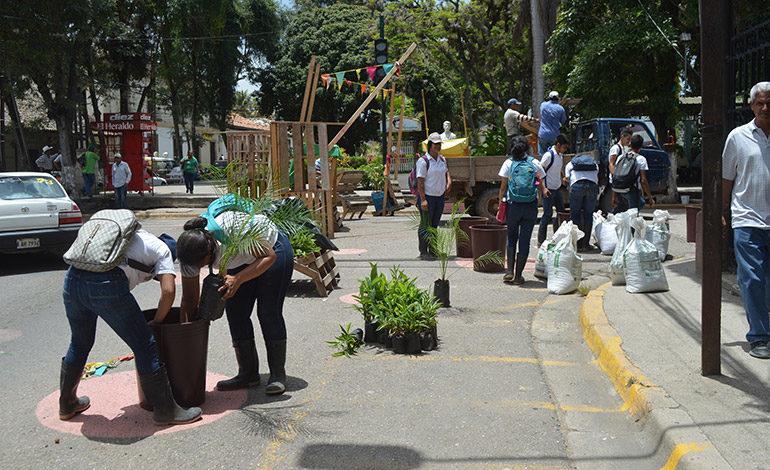 """Clausura proyecto """"Ciudad Emergente"""" en Danlí, alcalde Gustavo Mendoza, firma carta de compromiso y seguimiento"""