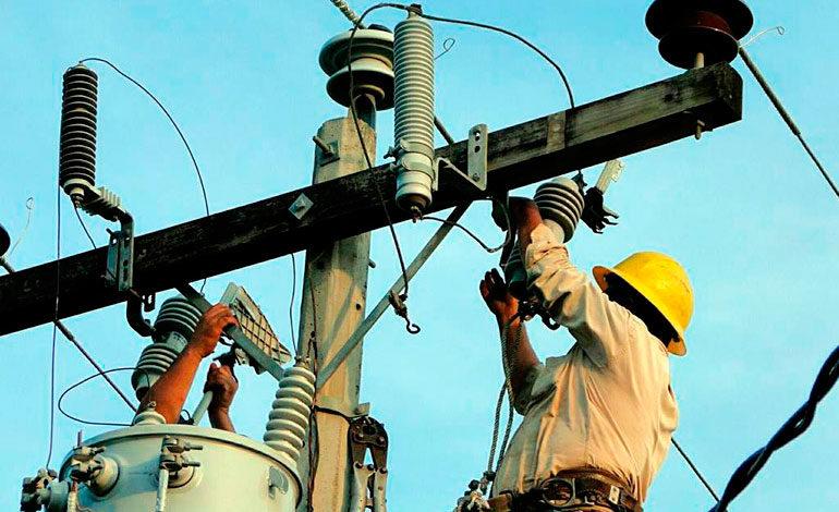 Congreso Nacional retoca decreto de amnistía eléctrica