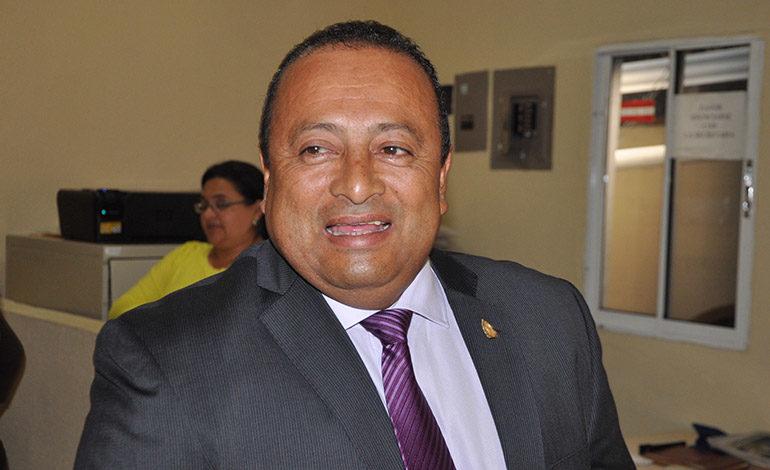 """Exdiputado liberal y exalcalde nacionalista en rampa de extradición a EEUU por """"narcos"""""""