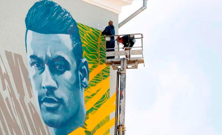 Neymar se une a Cristiano y Messi y ya tiene su grafiti en Kazán