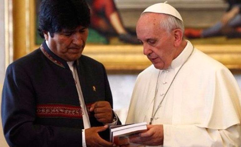 Evo Morales propuso al papa un encuentro episcopal latinoamericano en Bolivia