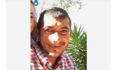 Familiares buscan a jovencito desaparecido
