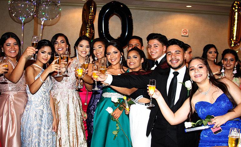 Clase 2018 de la England School celebra su fiesta de graduación