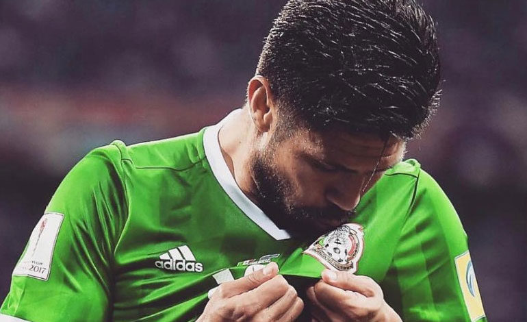 Oribe Peralta anuncia que deja la selección mexicana