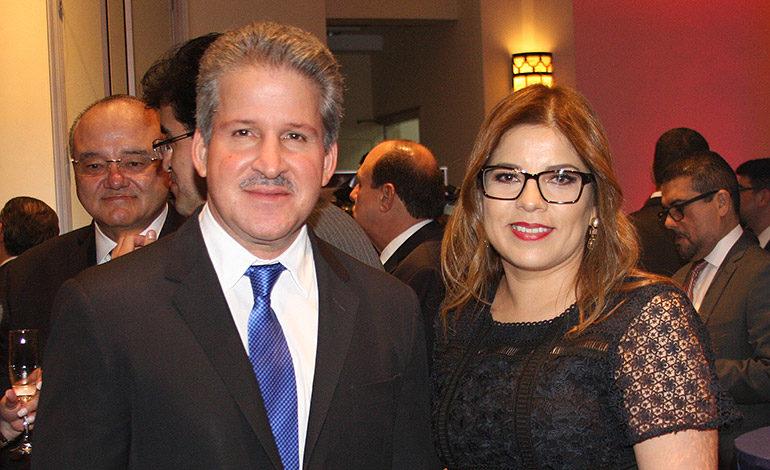 Miguel Mauricio Facussé y Claudia Barrientos.