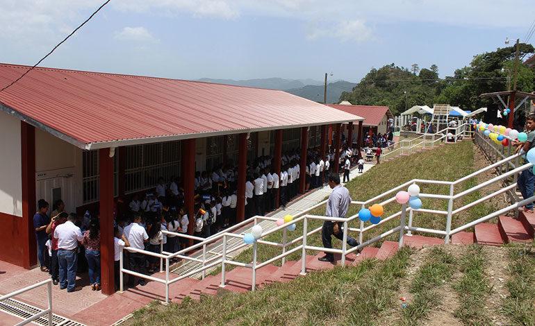 Más de L 1,400 millones destinados a mejorar infraestructura escolar