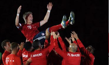 Schweinsteiger se despide marcando en el homenaje del Bayern
