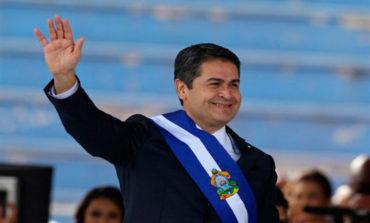 Presidente Hernández viajará mañana a Colombia para investidura de Duque