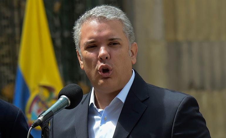 """Colombia deja Unasur por """"complicidad con dictadura"""" en Venezuela"""