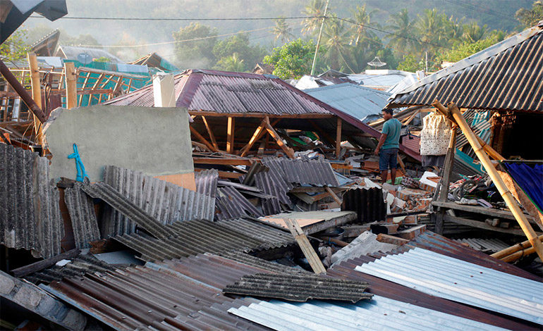 Indonesia eleva a 259 el número de muertos por el seísmo en la isla Lombok