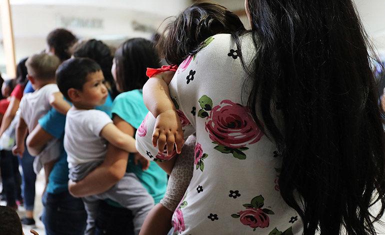 EEUU ha reunificado a 72 menores hondureños de 482 separados de sus padres