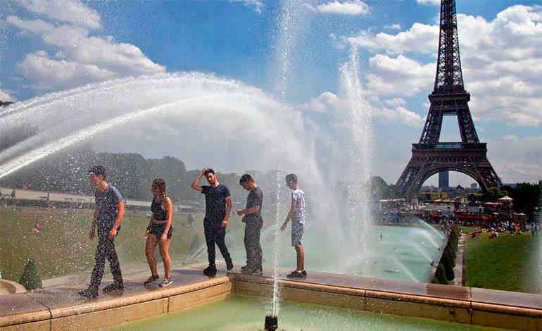 Cierra la Torre Eiffel por huelga de trabajadores