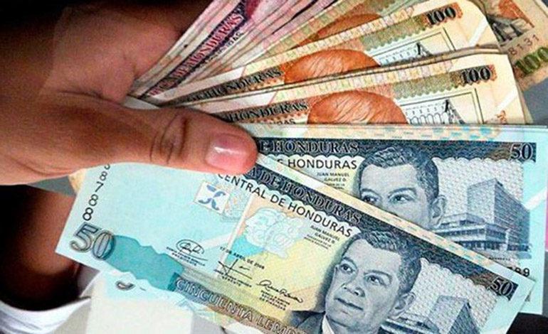 Obreros advierten presiones salariales