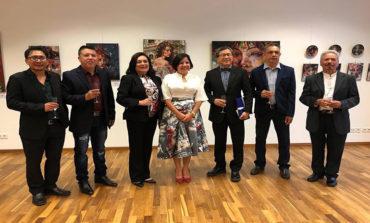 Reconocidos pintores hondureños exponen sus obras en Berlín, Alemana
