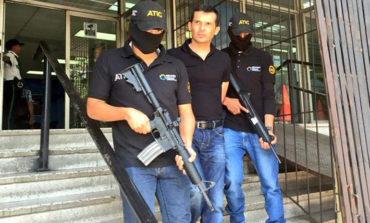 """Hoy sentencian al policía que trabajó una década con el cártel de """"Los Cachiros"""""""