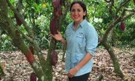 Becaria de la universidad de Luisiana investiga el desarrollo agrícola en la UNA
