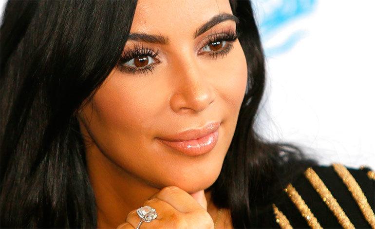 Kim Kardashian vuelve a la Casa Blanca para hablar sobre clemencia a presos